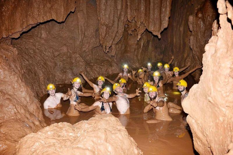 Грязевые ванны в Темной пещере