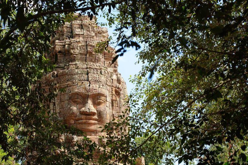 "Храм Байон еще называют ""улыбкой Ангкора"""